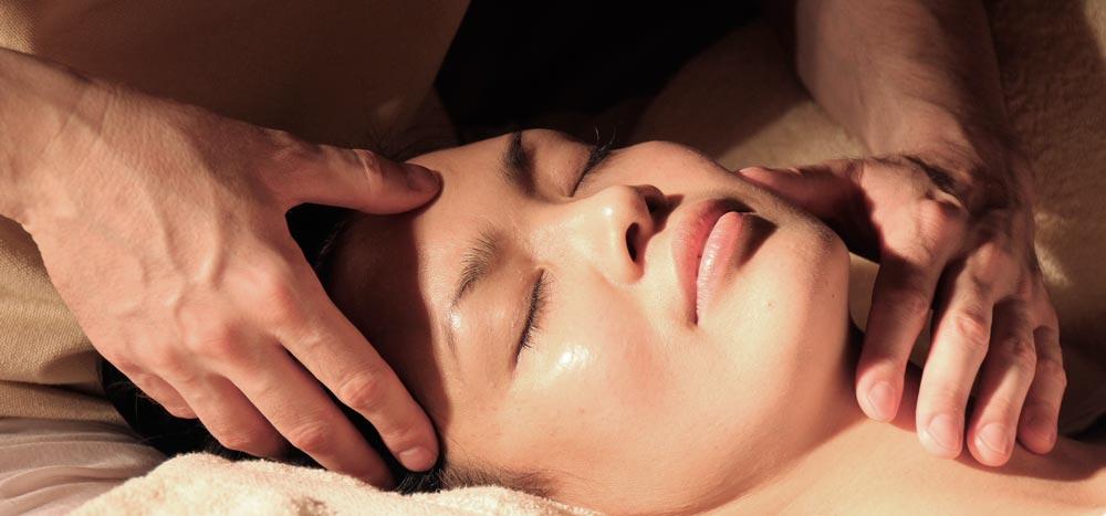 Masaje relajante masajistas en Elche Body Zenter